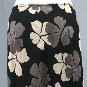 Old Navy Skirts - Old Navy Size 8 Women's Maxi Skirt Black Floral